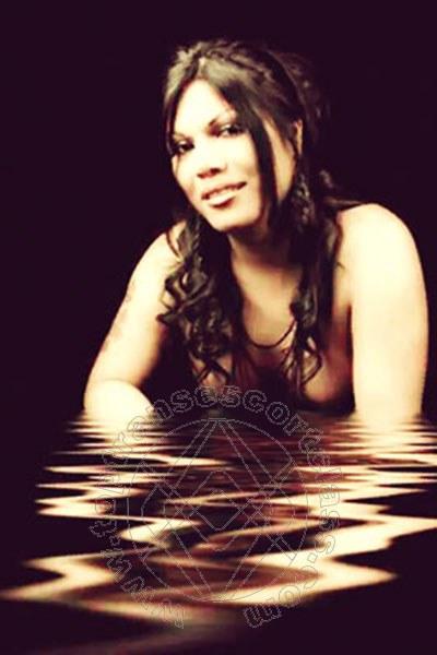 Carla Ruiz  IMPERIA 3273098762